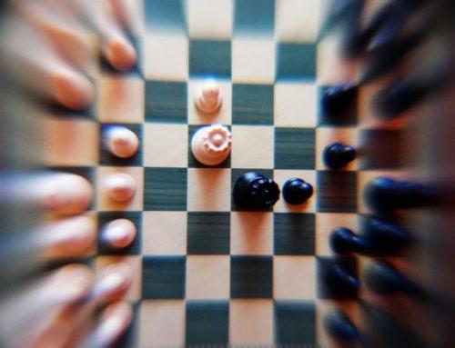 Simultáneas, entrenamiento y docencia ajedrecística
